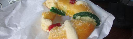 Rosca de Reyes (Kranz der Könige), mexikanisches Weihnachtsgebäck